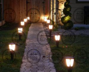 پرفروش ترین نوع پایه چراغ های باغی در بازار ایران